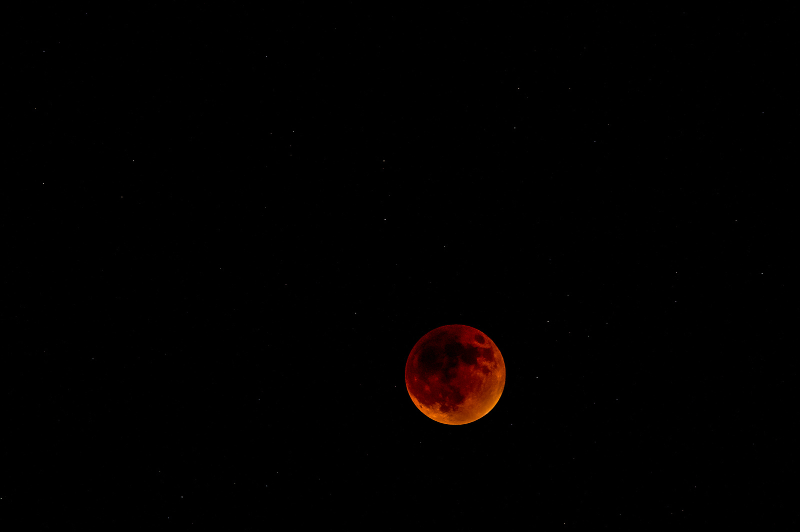 Super Harvest Blood Moon Eclipse